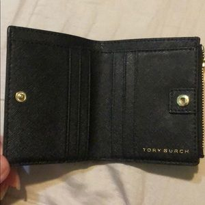 Tory Burch Bags - Like new Tory Burch wallet
